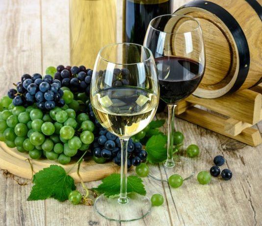 Contributi a fondo perduto per esportare vino